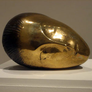 ARMORY'Sleeping_Muse',_bronze_sculpture_by_Constantin_Brancusi,_1910,_Metropolitan_Museum_of_Art