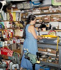 Harriete working in the studio 2007ng in the