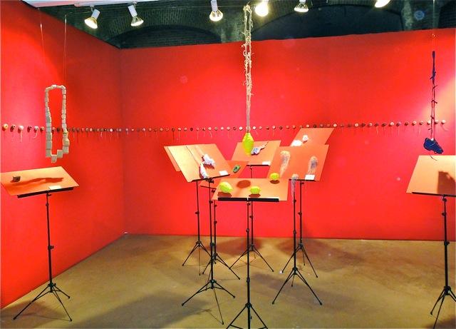Linda-Savineau-music-stand-display