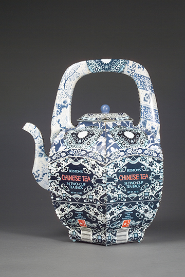 Boston Chinese Tea Teapot from recycled tin cans printed with Blue and White ceramic patterns