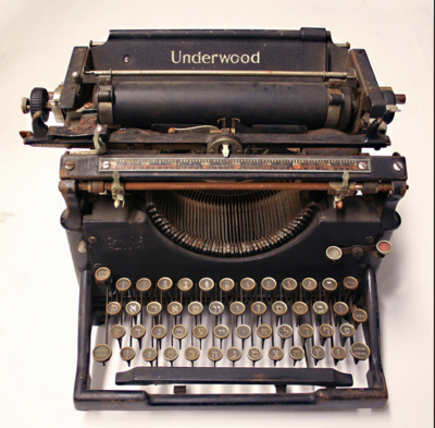 Typewriter-Underwood-Manual-Hebrew-Yiddush
