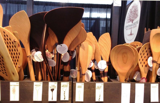 Jonathan-spoons-lights-every-wooden spoon