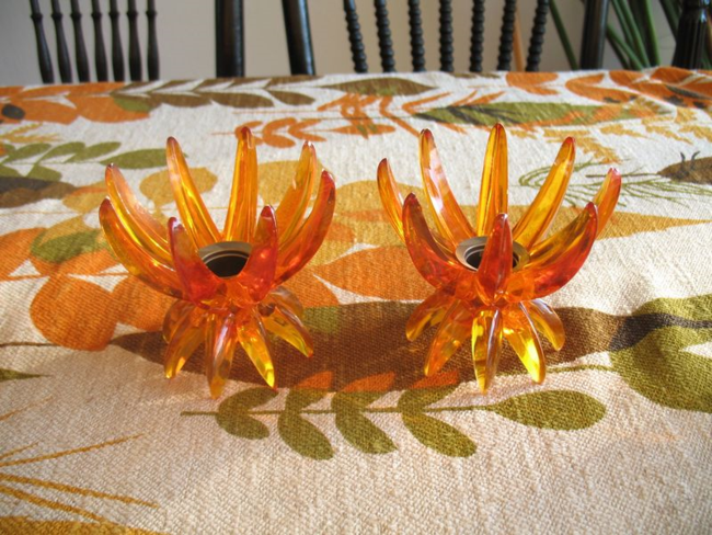 Vintage atomic motif plastic candlestics from West Germany started our theme for Thanksgiving.
