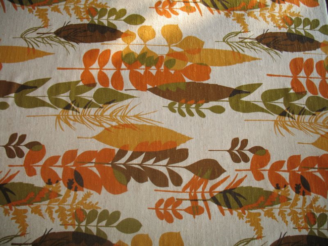Fiklauf vintage fabric for our Vintage Thanksgviing Feast.