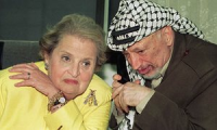 Madeleien-Albright-with-Yaser-Arafat