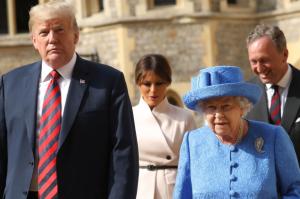 Queen-Elizabeth-jewelry-pin