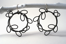 Small_hoop_earrings_4